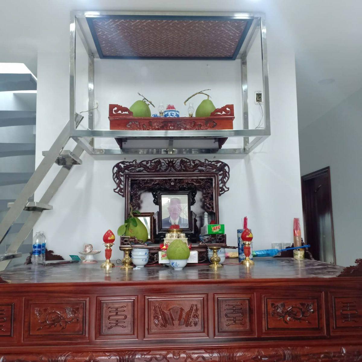bàn thờ gỗ giá rẻ
